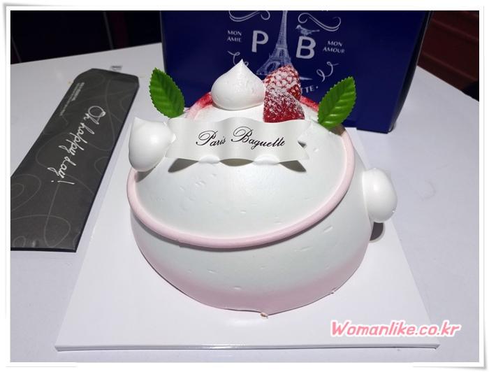 파리바게트 케이크 행복해 딸기케이크 (1)