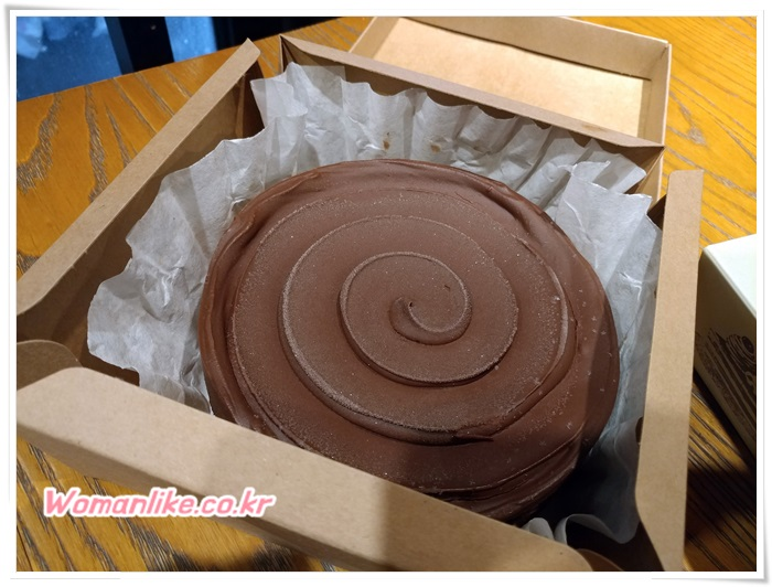 애슐리 초코 브라우니 케이크 (1)